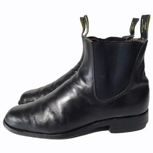 RM Williams Black Leather Chelsea Pull Tab Boots